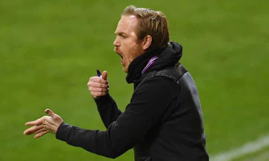 Jonas Eidevall gets a message to his Rosengård players during the Women's Champions League quarter-final first leg at Bayern Munich in March.