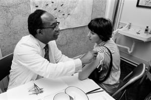 Dr John Makuena vaccinates a member of the public in Birmingham in August 1978.