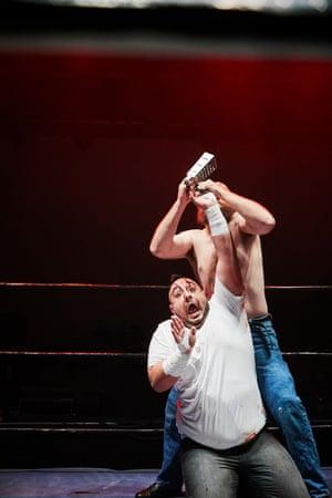 """Mr Juicy"" Gino Gambino  vs Mad Dog McRea"