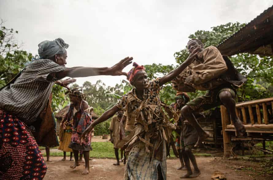 A dance performance at the Batwa settlement in Munyaga, Buhoma