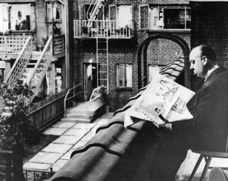 Making headlines: Hitchcock on the set of Rear Window.