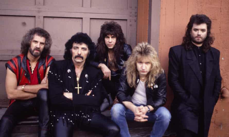 Geoff Nicholls, Tony Iommi, Dave Spitz, Eric Singer and Glenn Hughes in 1985.