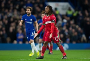 Sanches shows his frustration during his nightmare at Chelsea in November last year.