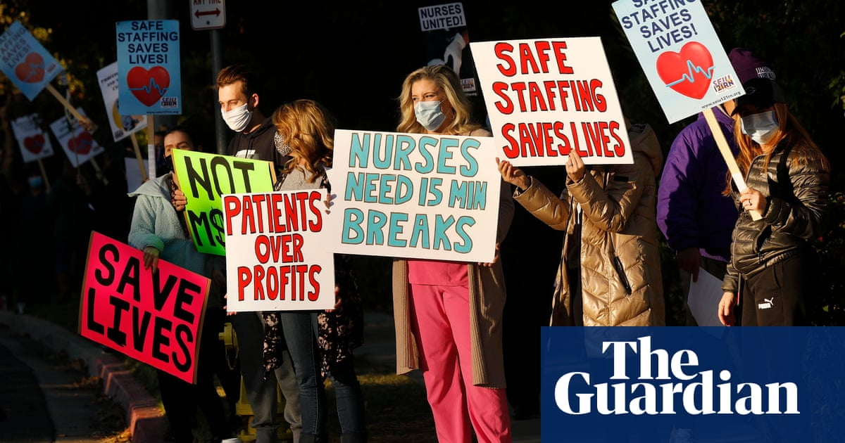 'We went from heroes to zeroes': US nurses strike over work conditions