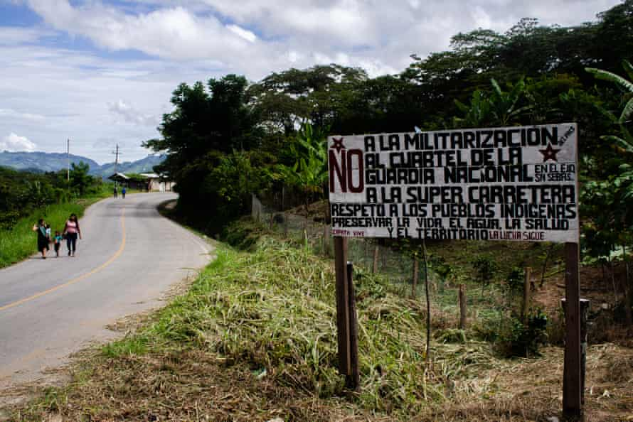 A sign in Chiapas protesting against militarisation of the region, the national guard barracks, and the planned highway.