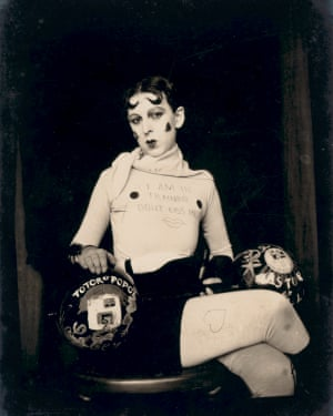 Gillian Wearing and Claude Cahun: Behind the mask