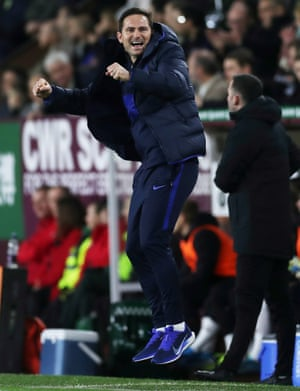 Chelsea manager Frank Lampard celebrates after Christian Pulisic scores their second goal.
