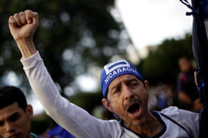 A Nicaraguan living in Costa Rica demonstrates in support of the anti-government resistance.