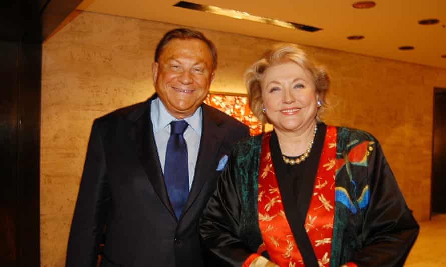 With her late husband, Bob, in 2006.