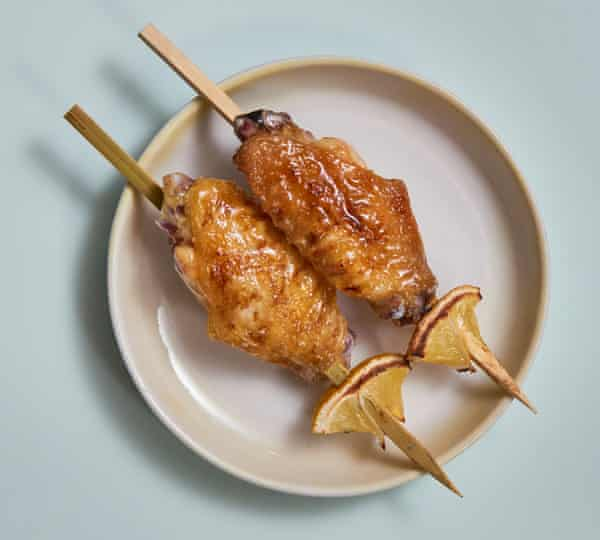 Jidori's wings with salt and grilled lemon.