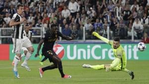 Mario Mandzukic is denied by goalkeeper Danijel Subasic.