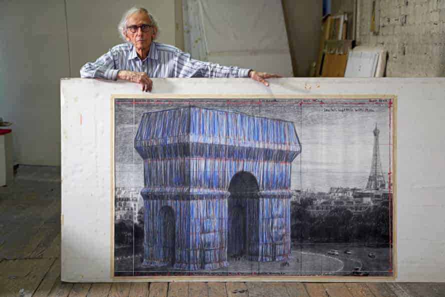 Christo with his drawing of the project