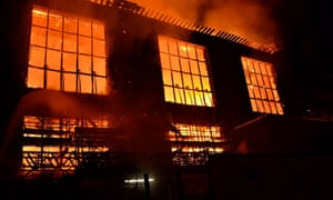 Fire blazes through the Glasgow School of Art's Mackintosh building on 16 June 2018