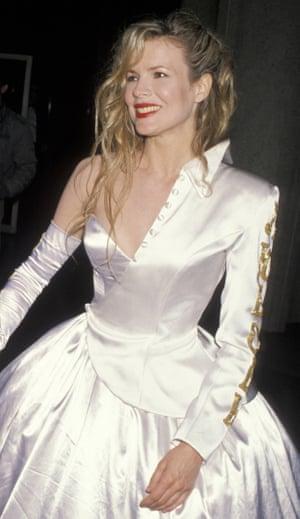 Kim Basinger at the Oscars in 1990.