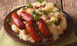 Dutch stamppot - mashed potatoes and vegetables with sausages