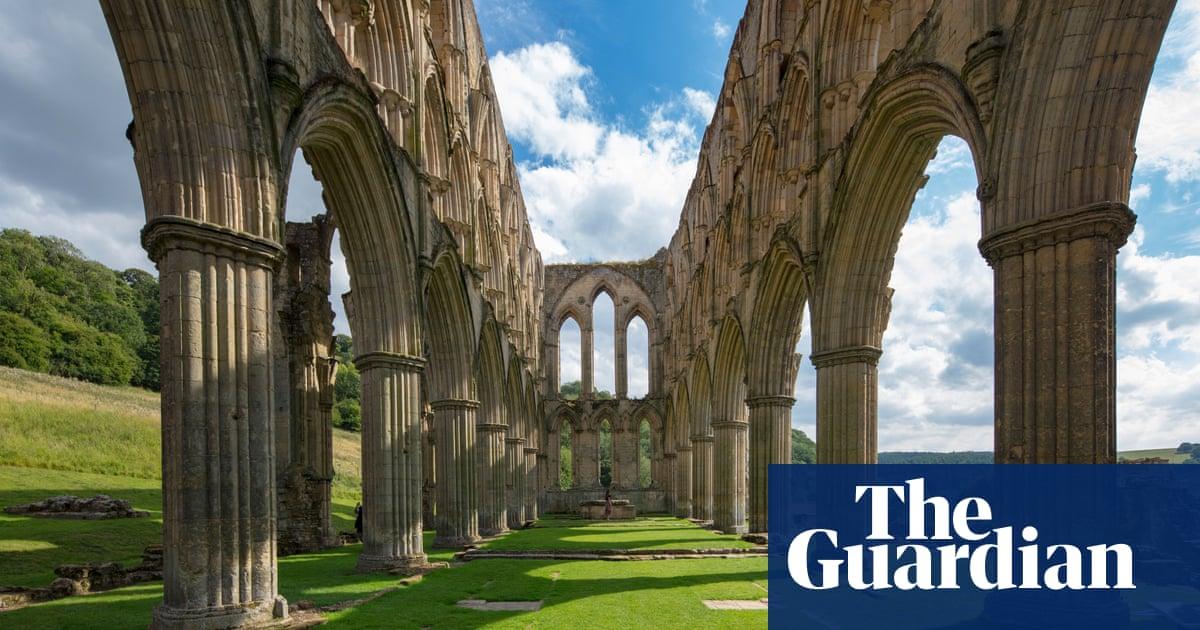 English Heritage trials quiet 'contemplation hour' at monastic sites