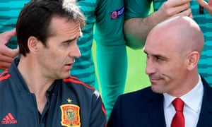 Luis Manuel Rubiales with Julen Lopetegui, whom he sacked as Spain coach on the eve of the World Cup.