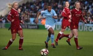 Nikita Parris takes on the Liverpool defence