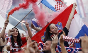 Fans react in Zagreb after Croatia's 4-2 defeat to France in the World Cup final.