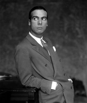 Cristobal Balenciaga, 1927.