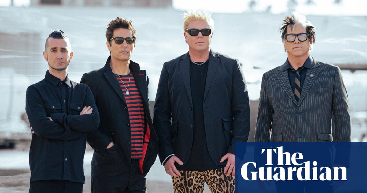 Why don't you get a jab? Offspring drummer ousted after refusing Covid vaccine