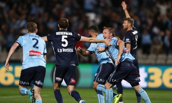 Sportwatch: Sydney FC tear Victory apart in semi-final, AFL