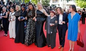 Cannes jury members Kristen Stewart, Lea Seydoux, Khadja Nin and Ava DuVernay, Jury President Cate Blanchett and director Agnes Varda.