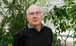 Prof Paul Hebert, the 'father of DNA barcoding'.
