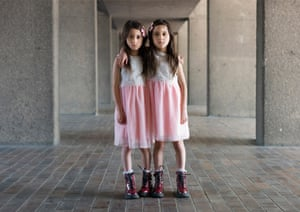 Lilibet and Litiana, twins photographed by Peter Zelewski
