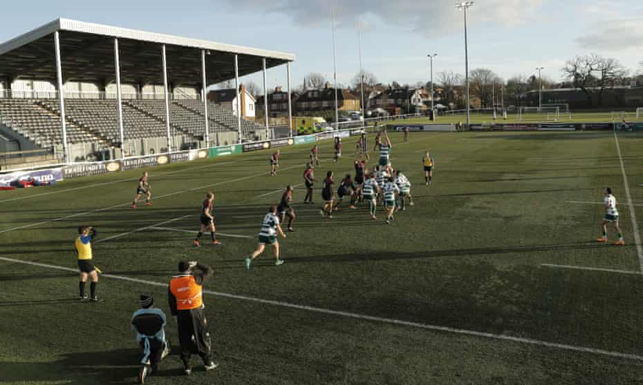 Ealing Trailfinders win a lineout against Saracens at the Trailfinders Sports Club.