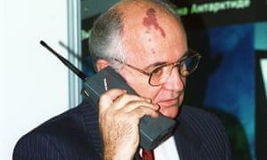 Russian President Mikhail Gorbachev speaking on a Nokia Mobira Cityman mobile, Helsinki, 1989.