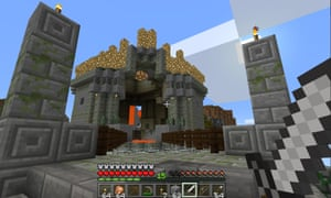 The sense of height and scale is accentuated in Minecraft Oculus. Tall mountains and buildings are a lot more daunting