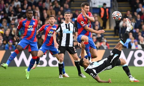 Callum Wilson's overhead stunner earns point for Newcastle at Crystal Palace