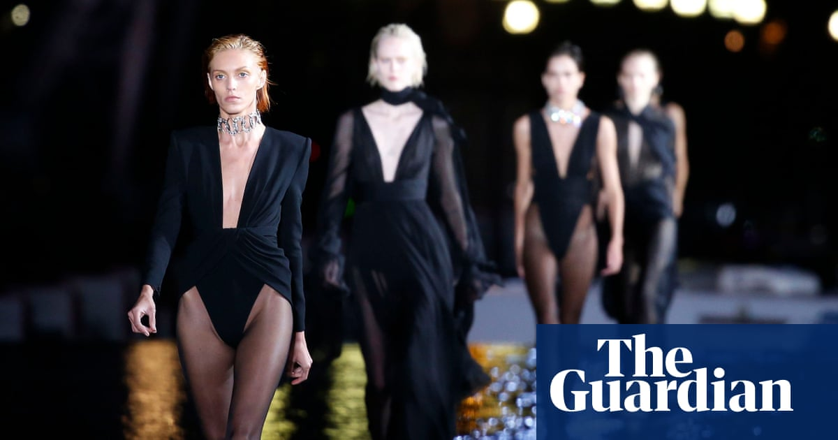 be528fe0fde Saint Laurent walks on water with Paris show reflecting its rich past