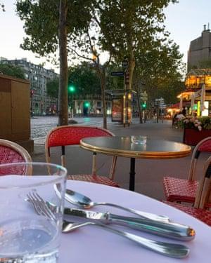 Café des Officiers, 3 Place de l'École Militaire, 75007 Paris, France. August 20, 2020