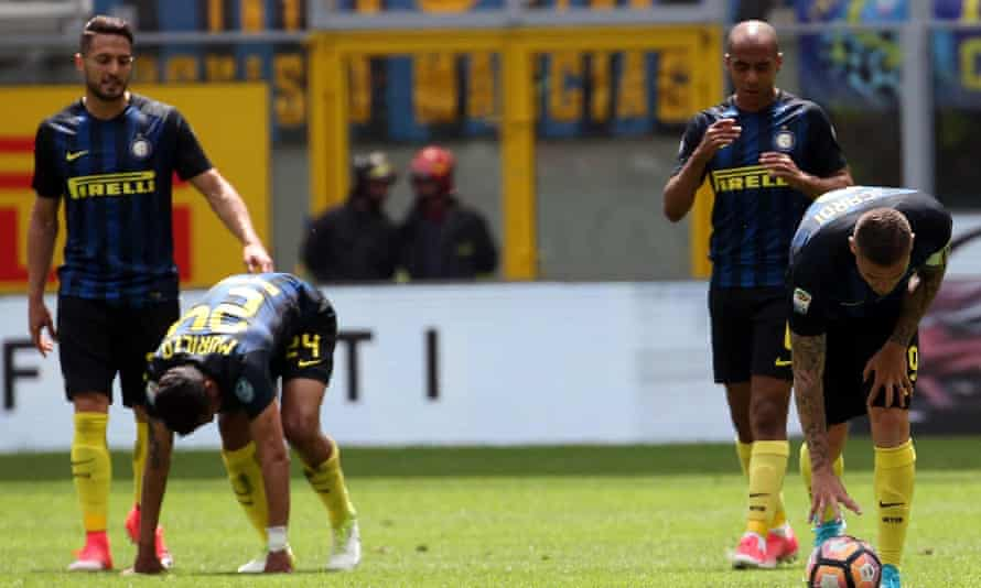 Inter players, including the captain, Mauro Icardi, far right, try to pick themselves up after conceding against Sassuolo.