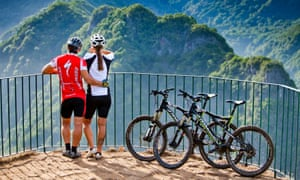 Cyclists in Madeira