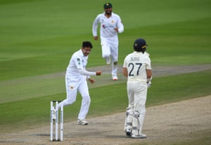 Mohammad Abbas celebrates after trapping Rory Burns.