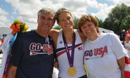 Katalin Karikó, bersama suami dan putrinya, Susan Francia, di Olimpiade London 2012
