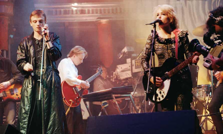 Brix Smith performing with Mark E Smith in the Fall in 1985.