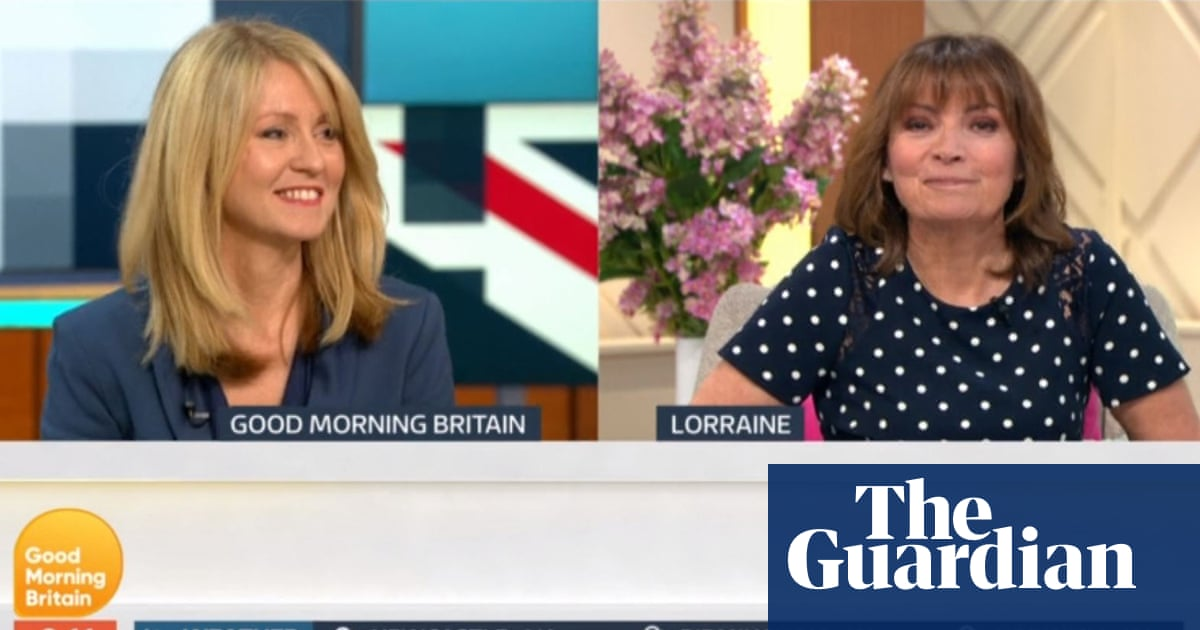 Esther McVey snubbed by former colleague Lorraine Kelly on
