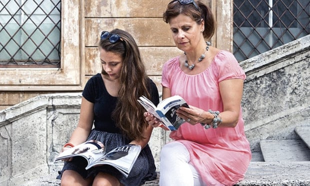 Interview with :   Actress, Rebecca Front on the joys of family holidays