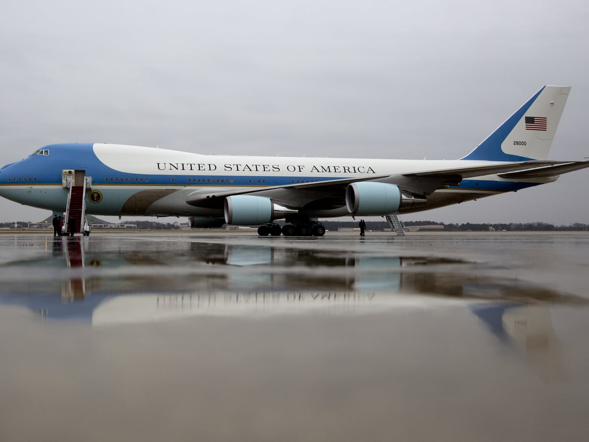 How Does Donald Trump S Private Jet Match Up To Air Force One