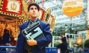 Brian Sonia-Wallace with his trusty typewriter at the Mall of America.
