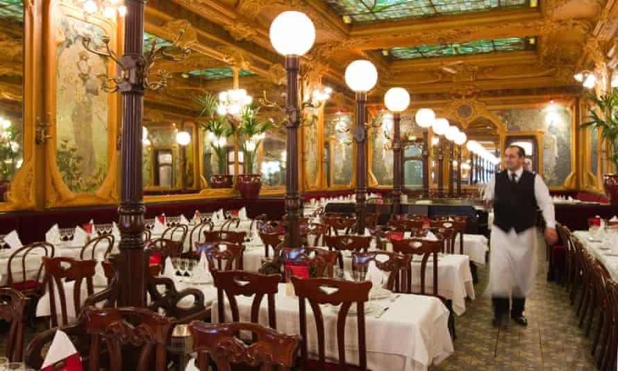 Art-nouveau brasserie Julien in Paris