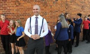 Matt Pinkett with his year 9 English class