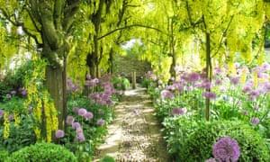 10 Beautiful Garden Getaways In The Uk Travel The Guardian
