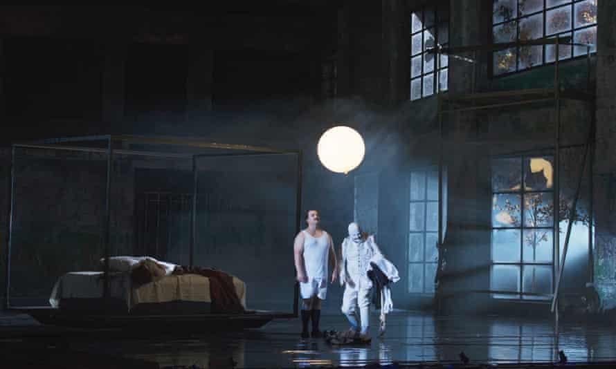 Dutch National Opera's 2014 staging of Gurrelieder