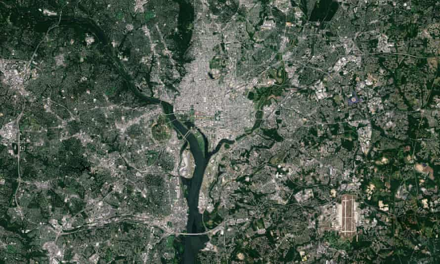 An image of Washington DC captured by the Copernicus Sentinel-2A satellite, 2015.
