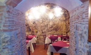 La Grotta Trattoria, La Sassa